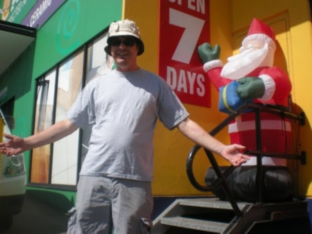 BobinOz with Santa