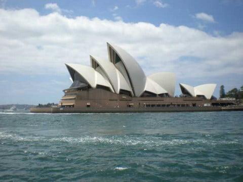 Sydney Opera house side