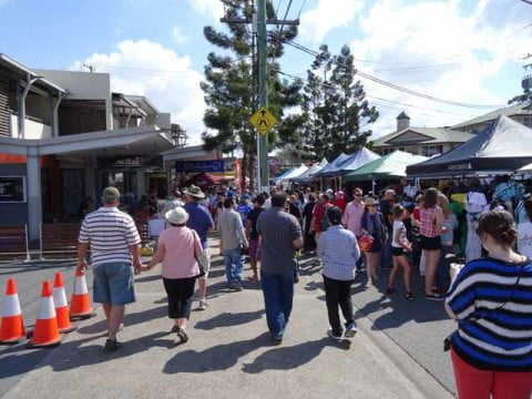 Bulimba - Yes, Busy