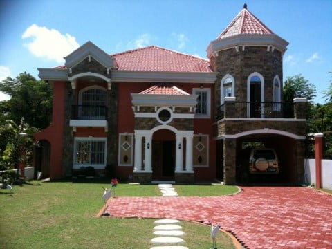 Two Winds Estate