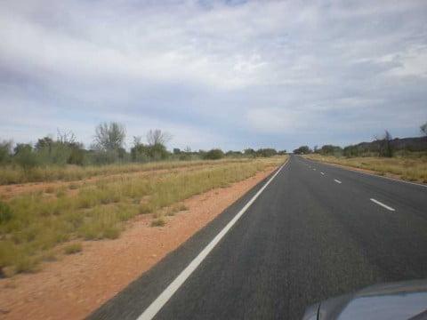 Alice Springs to Uluru drive