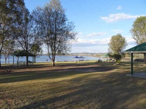 Lake Dyer1