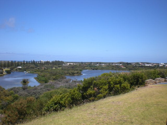 Warrnambool - Lake Pertobe