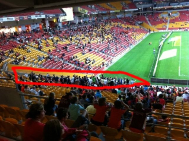 Melbourne supporters at the Suncorp Stadium