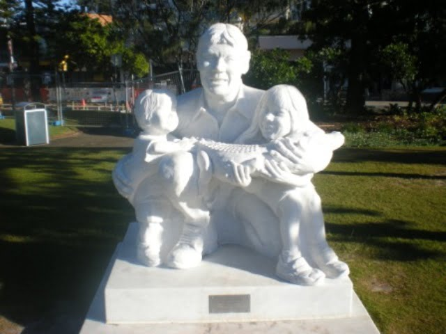Steve Irwin Statue at Mooloolaba