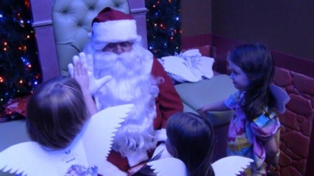 Santa's Hi 5's