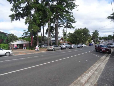 mt tamborine shops 1