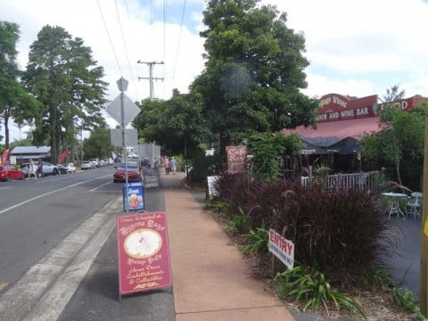 mt tamborine shops 2