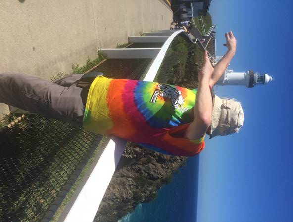 dabbing in Byron Bay